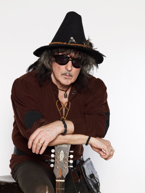 ritchie blackmore biography albums streaming links