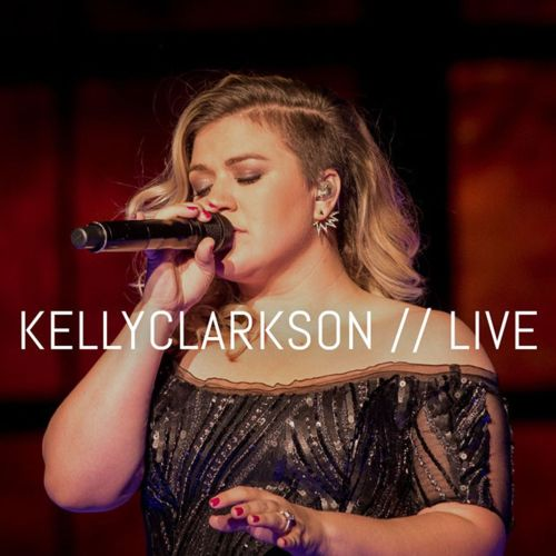 Kelly Clarkson [Live]