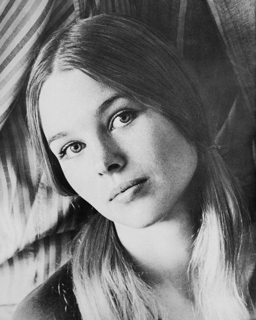 Michelle Phillips Biography Amp History Allmusic